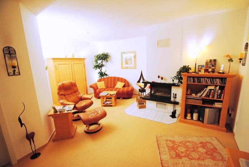 zum wohlf hlen charmante 2 zimmer wohnung am naturschutzgebiet von bad soden neuenhain adler. Black Bedroom Furniture Sets. Home Design Ideas